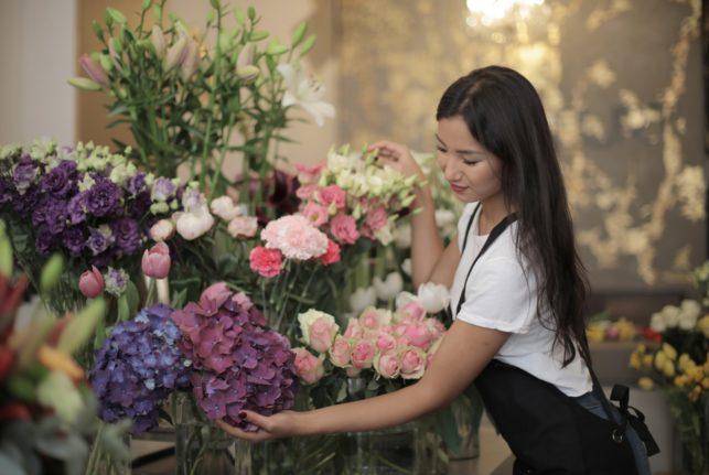 Kuinka perustaa kukkakauppa kotiin