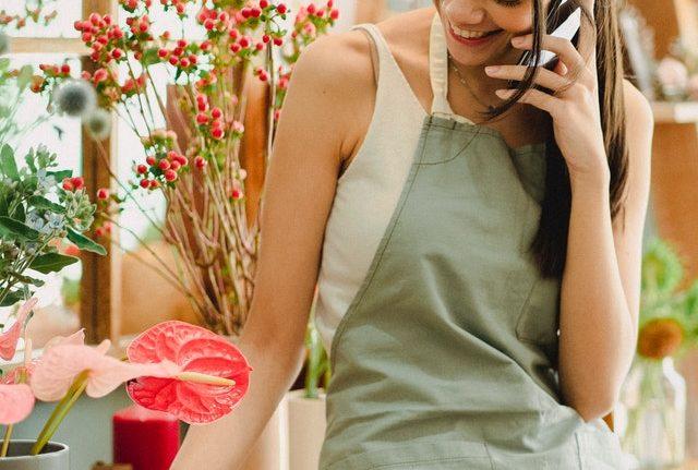 Lähetä kukkia: Vinkkejä parhaan valintaan kukkalähetyspalvelua verkossa